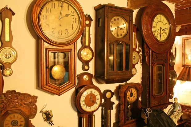clocks antique