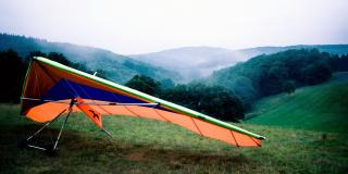 picture of a hang glider