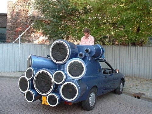 Picture of a huge car stereo