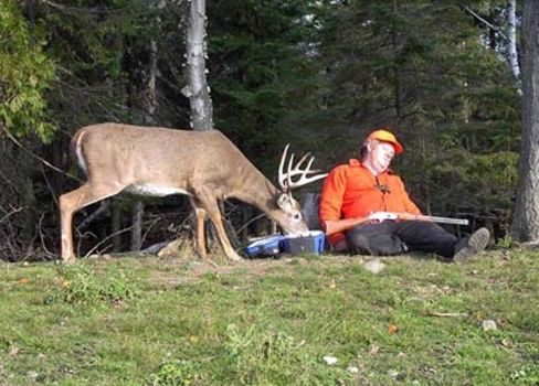 Funny Pictures of Sleep Deer Hunter