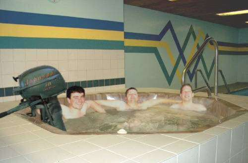 Funny Pictures of Boat Engine Stirring Hot Tub